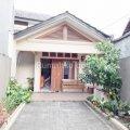 Rumah Dijual Tanjung Barat, Jakarta Selatan 12530 - Rp. 3,500,000,000