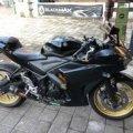 Yamaha R25 2015 Hitam Ban Battlax 180 / Knalpot Pro Speed